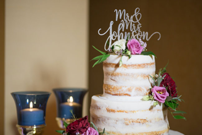 Naked Wedding Cake Design with Candles - Photography by Maria Silva-Goya