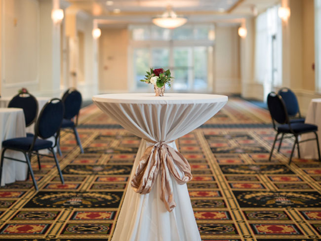 Reception Table at Wyndham Gettysburg - Photography by Maria Silva-Goya